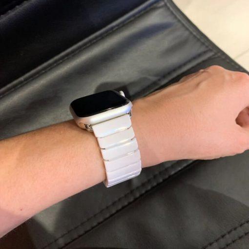 Ceramic Apple Watch Band - White